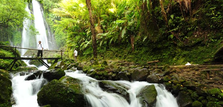 Grojogan sewu sebagai tujuan wisata ketika di solo