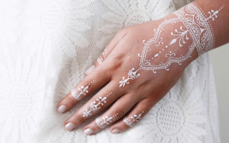 henna putih motif