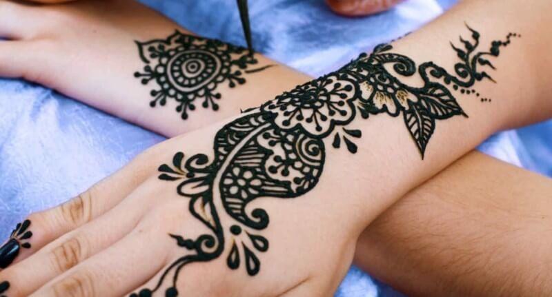 henna tangan cantik simpel