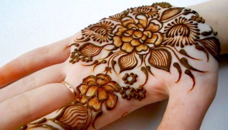 henna telapak tangan gambar bunga