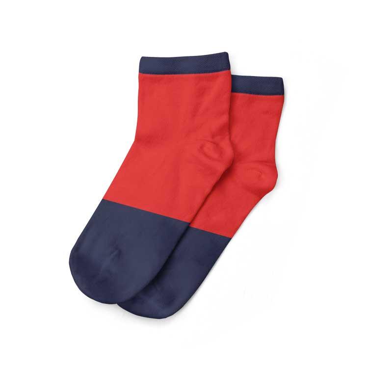 Kaos kaki pendek untuk pria muda